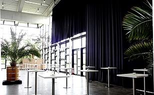 Teilverdunklung in der Eventhalle I
